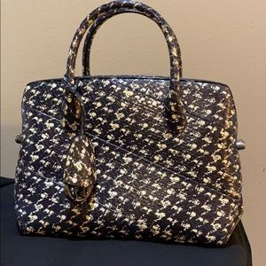 BEAUTIFUL Dior Elaphe Houndstooth printed bag.
